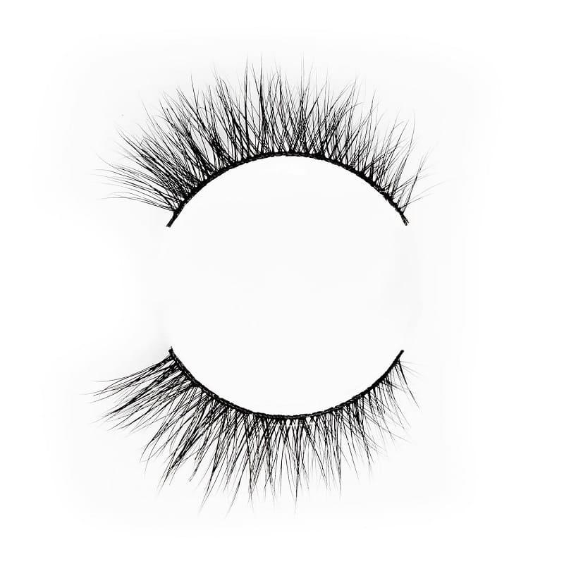 Khethiwe eyelashes by flutter